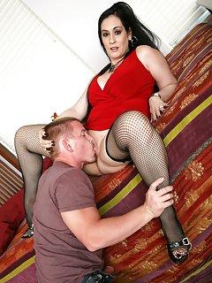 Hot Mature Lick Pussy Porn Pics